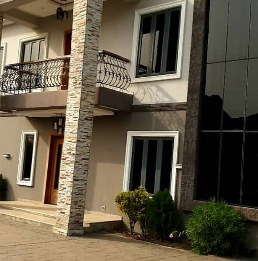 MODERN AND EXQUISITELY FINISHED 5 BEDROOM FULLY DETACHED DUPLEX WITH BQ